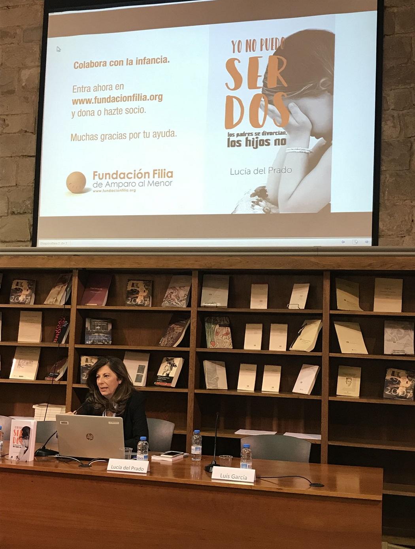 Lucía del Prado presenta su libro en Barcelona